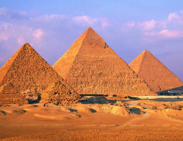 Escursione alle Piramidi Sharm